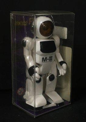 A-4 櫃 : 2002 SILVERLIT TOYS M-III MPAL WIND-UP 太空人 天富玩具店