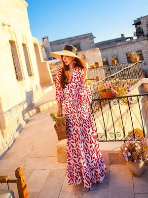 [ ohya梨花 ]韓國帶回♡最新春夏新款名媛性感名媛渡假穿搭紅色垂墜感造型連身裙長洋裝