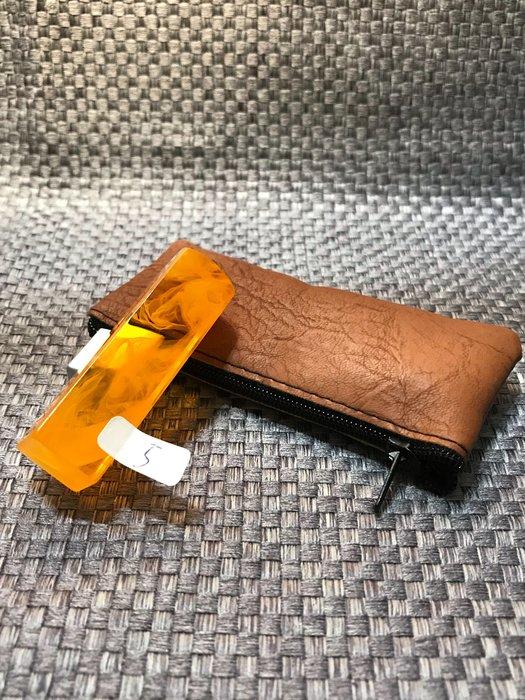 5分仿琥珀香料壓克力印章(1.5公分方章)、含刻贈送拉鍊袋【客製化印鑑章】特價每顆:199元、編號05、優惠100組