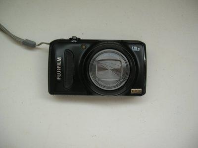 小砲 富士Fujifilm F300EXR(1200 萬畫素15 倍光學)