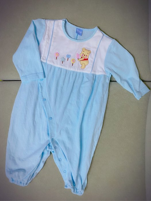 麗嬰房 新生兒長袖連身兔裝 disney baby 迪士尼小熊維尼 湖水藍 (二手 9成新) 0-6M