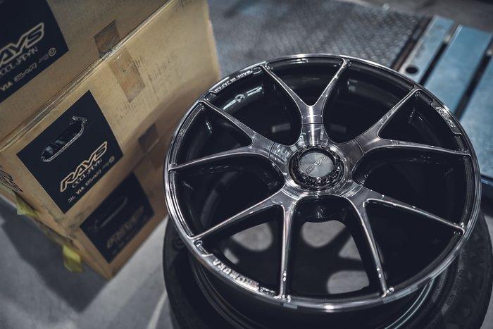 德朋國際 / ㊣ RAYS HOMURA 2x5s 5x114.3 輕量化鋁圈 Toyota Camry 實裝