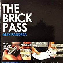 【意凡魔術小舖】 美國原廠~ 正宗原廠教學~Brick Pass by Alex Pandrea(Pass控牌手法)