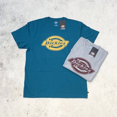 【HOMIEZ】DICKIES LOGO RELAXED FIT GRAPHIC TEE【WS46A】LOGO 短TEE