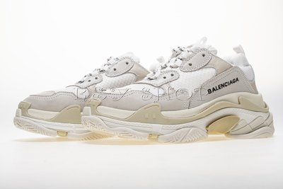Top Originals Supplier Balenciaga Triple S 490671W06F19000