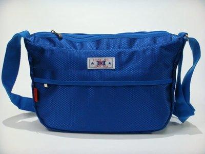 【菲歐娜】5440-(特價拍品)CHENG MEI尼龍料點點布斜背包(藍)1365 台中市