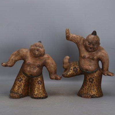 ㊣三顧茅廬㊣ 唐三彩雕塑瓷金地彩繪摔跤俑一對 出土文物古瓷器 古玩古董收藏