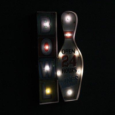 復古保齡球圖案燈排壁掛電子燈 LOFT工業風創意BOWL標示牌LED燈牌招牌 鐵製懷舊造型OPEN24小時鐵皮畫燈飾裝飾