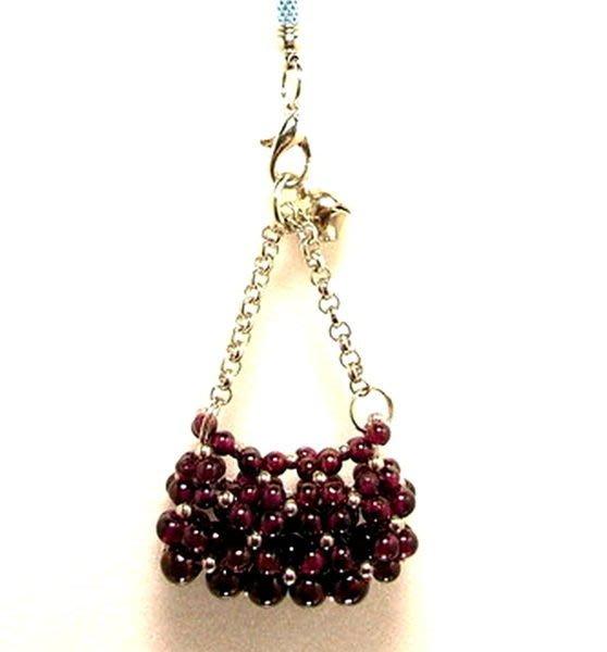 小風鈴~限量手創商品天然頂級紅石榴側肩包造型手機吊飾!可以當吊墜配戴或鑰匙圈