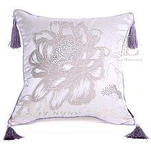 【芮洛蔓 La Romance】古典風情系列淺紫色牡丹燙鑽流蘇抱枕 / 靠枕 / 靠墊 / 方枕