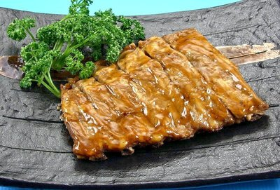 【家常菜系列】聖路易肋排(熟)/約500g±5%/包 肋排醃漬調理入味~包覆著濃醇醬汁 加熱後香氣十足