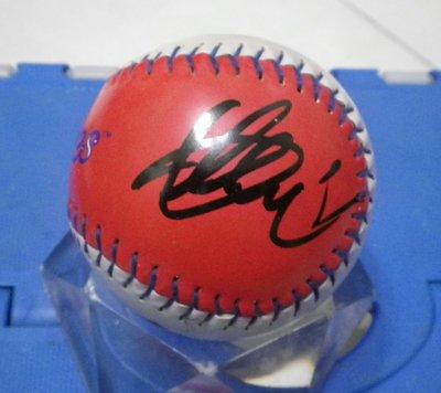 棒球天地--鈴木一朗 Ichiro Suzuki 2019最新簽法簽於迷你版洋基球.字跡超漂亮