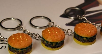 【夜市王】模擬漢堡鑰匙圈9元