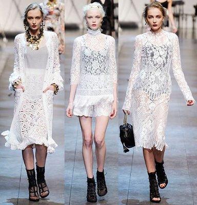 Dolce & Gabbana  白色古典風蕾絲流蘇裙擺長袖洋裝(不含Valentino玳瑁項鍊)