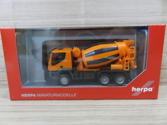 宗鑫貿易 Herpa H310000 Iveco Trakker 6x6 預拌混凝土車 素面亮橘