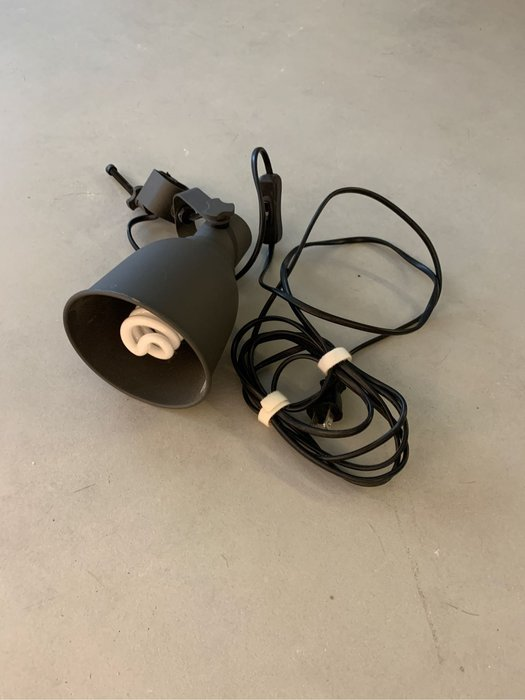IKEA (2手)HEKTAR 夾式聚光燈, 深灰色