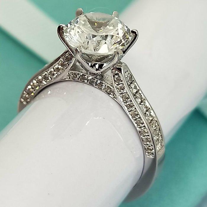 立體 6爪鑲滿鑽高碳鑽戒2克拉相似度92%更璀璨求婚 結婚高仿真鑽石手飾 歐美豪華高檔微鑲純銀戒指鑽寶出品年終特價