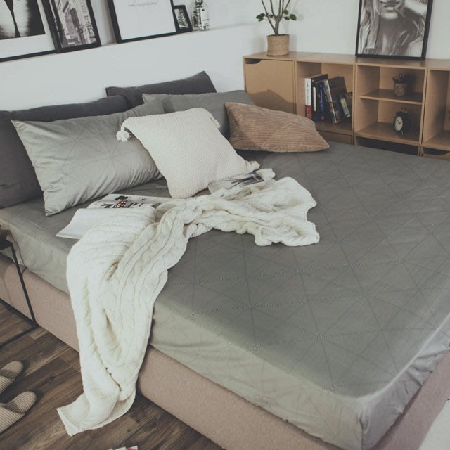 MIT精梳棉-床包枕套組/雙人加大【艾維斯-灰】絲薇諾