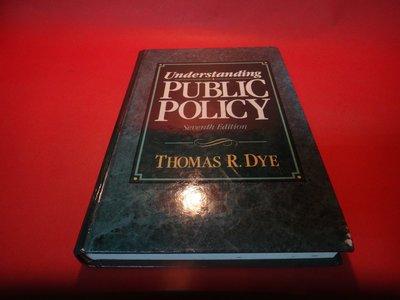【愛悅二手書坊 06-15】Understanding Public Policy (書角有瑕)