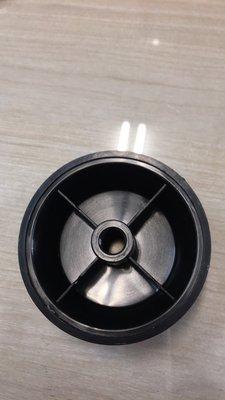 電扇扇葉風葉片鎖 風扇 鎖頭 前鎖 束葉頭 固定頭 非銅牙款12吋~16吋半圓孔適用(隨機出貨不選色) 高雄市