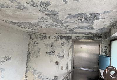 【瑞晟油漆工程】公寓樓梯壁癌處理 舊漆剝落刮除 防水加油漆塗裝