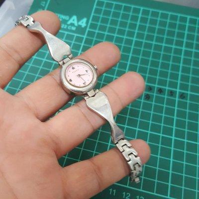 藍寶石鏡面<還有走>不鏽鋼 漂亮 日本 女錶 石英錶  直接賣 黑白賣 非 機械錶 港勞 EAT ROLEX SEIKO TELUX MK IWC CK A08