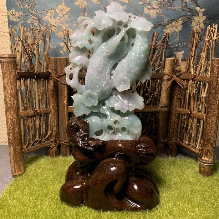 [滿藝精選] 頂級收藏品標❤️天然A貨細糯種 黃瓜翡翠擺件 帶綠 質地種水好 雕工精細