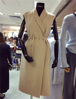 現貨區** MISS KOREA 韓國單 TWICE 周子瑜 顯瘦穿搭 時尚百搭YOO米色優雅背心裙