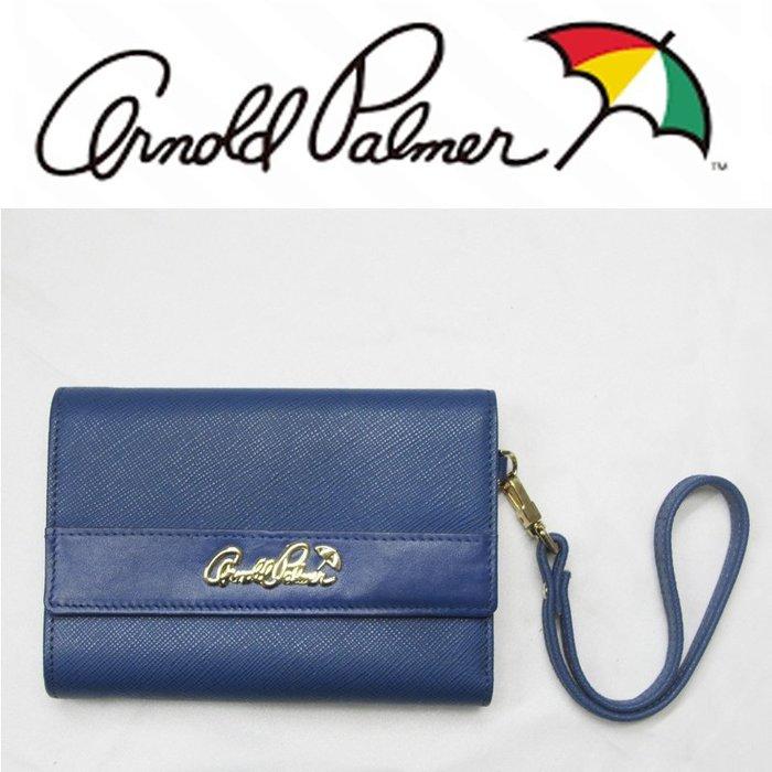 【Arnold Palmer雨傘】牛皮三折翻式復古LOGO五金(附可拆式提帶)-中皮夾↘3.9折出清(最後一個)