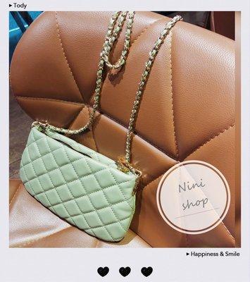 現貨秒出 *NINI Shop* 真皮 羊皮 24cm 菱格小香包 小扁包(長鍊帶 )-抹茶綠 (刷卡/超取付款)