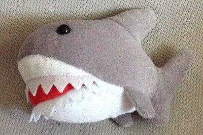 全新灰色鯨魚