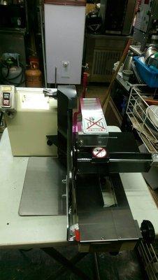 達慶餐飲設備 二手設備 吐司切片機