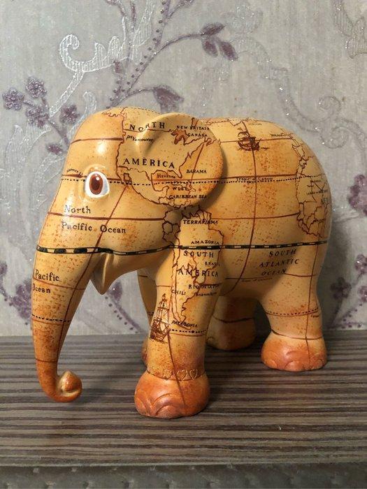 elephant parade地圖象(黃色)20cm泰國帶回