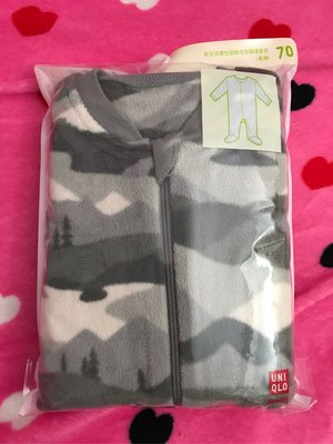 Uniqlo 灰綠迷彩彈性細刷毛包腳連身衣長袖/70