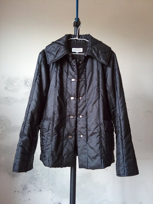 DIANA專櫃外套 (百貨公司 義大利 黑色 造型外套 騎士外套 短外套 短大衣 名牌 NET ZARA)