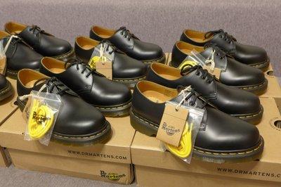 【現貨】Dr. Martens 1461 Shoe 馬汀 經典 基本款 3孔皮鞋 黑色硬皮