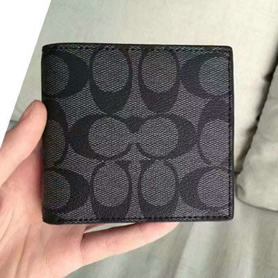 【八妹精品】COACH 75006 熱賣款 PVC皮革內裏零錢袋對折短夾 錢包