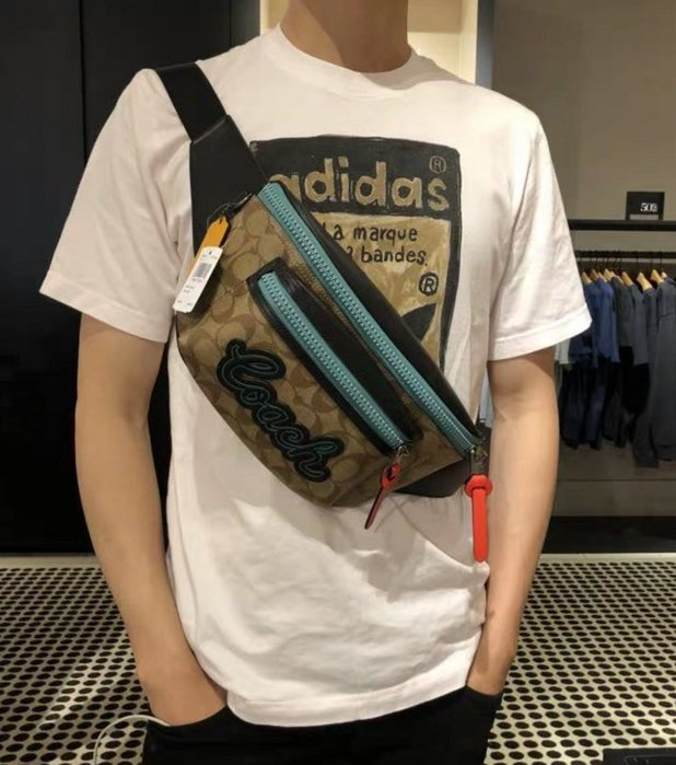 COACH 72931 新款男士Terrain拼色腰包 胸包 斜挎包 多種背法 潮流時尚