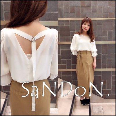 SaNDoN x『COCODEAL』春季浪漫單品 喇叭花袖露背氣質楊柳襯衫上衣  SLY 180305