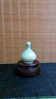 (店舖不續租清倉大拍賣)彩釉蒜頭小花瓶,原價1280元特價650元