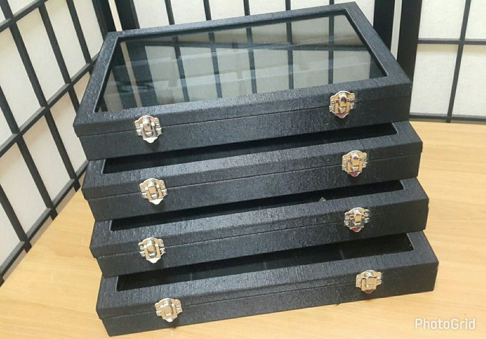 高級 玻璃框 手鐲珠寶收納盒 4個一標  一盒12格 尺寸34*24*5公分