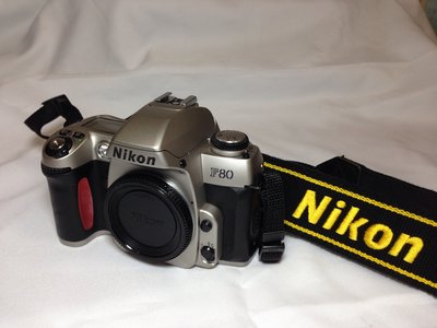 8成5新....很少用NIKON單眼相機F80〈無電池、鏡頭〉誠可議