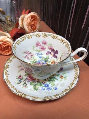 預售勿拍---英國經典骨瓷杯盤組Royal Albert 芬芳花束 Nosegay est. after 1935
