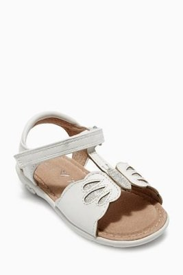 全新英國品牌next優雅氣質白色蝴蝶涼鞋適12m-24m 鞋底長13cm現貨