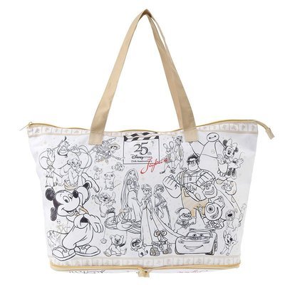Disney日本迪士尼商店25周年紀念款《現貨》簡約優雅 眾星雲集~旅行必備方便攜帶防潑水摺疊手提包~日本正品~心心小舖