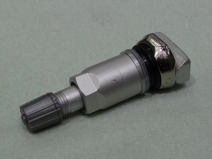 {順加輪胎}新款賓士RDK 原廠胎壓偵測器 專用 鋁製氣嘴 W205 S205 風嘴頭 TPMS 標價不含胎壓偵測器
