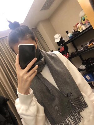 【全新正貨私家珍藏】YSL((Yves Saint Laurent)) 聖羅蘭圍巾100%羊毛((部份台灣現貨))特價
