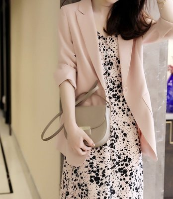 *有間衣飾*2020夏季新品 清涼感微廓型櫻粉西裝/醋酸布料外套