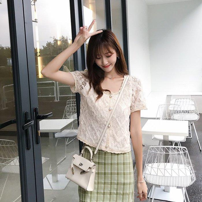 創意夏季服飾 蕾絲衫  T恤夏季超仙蕾絲拼接襯衫女短袖鏤空網紗韓版上衣設計感小眾襯衣