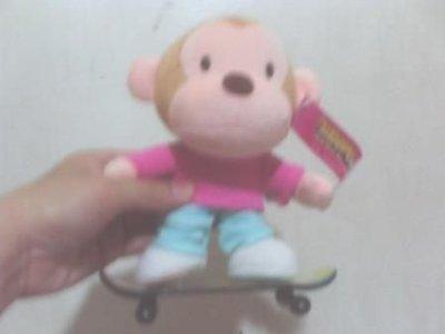 全新滑板猴玩偶